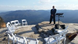 Waiting for the wedding party at Lincoln's Rock Wentworth Falls NSW